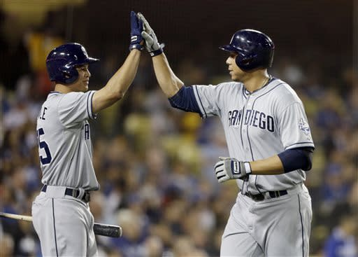 Padres hit 3 HRs off Kershaw to sweep Dodgers, 7-2