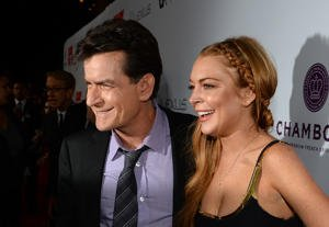 Lindsay Lohan y Charlie Sheen/ Getty Images