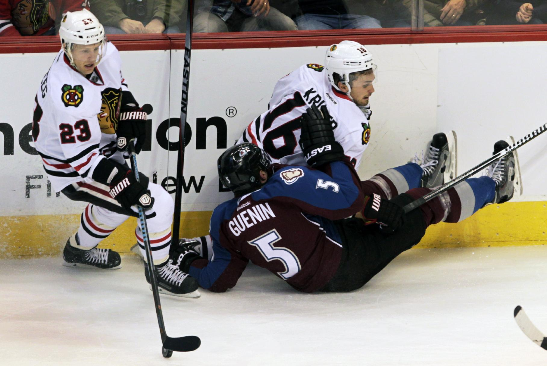 Kane helps Blackhawks to 5-2 win over Avs