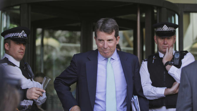 Former Barclays Chief Executive Bob Diamond leaves after giving evidence to the Treasury Select Committee at Portcullis House, central London Wednesday July 4, 2012. Diamond said Wednesday that his bank illegally reported low borrowing rates in October 2008 because other banks were reporting even lower ones, making Barclays look bad and threatening efforts to attract investment from Qatar. Pressure had been building on the bank over the past week since U.S. and British regulators imposed fines totaling $453 million against Barclays for false reporting of its borrowing costs between 2005 and 2009. (AP Photo/Lefteris Pitarakis)
