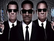 """Avengers"" tewas di tangan ""Men In Black 3"""