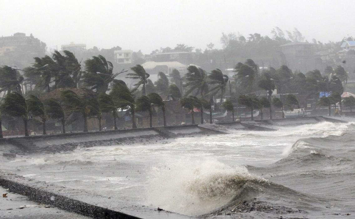 2014-12-07T073336Z_1748584100_GM1EAC7172V01_RTRMADP_3_PHILIPPINES-TYPHOON - Philippine news images - Philippine Photo Gallery