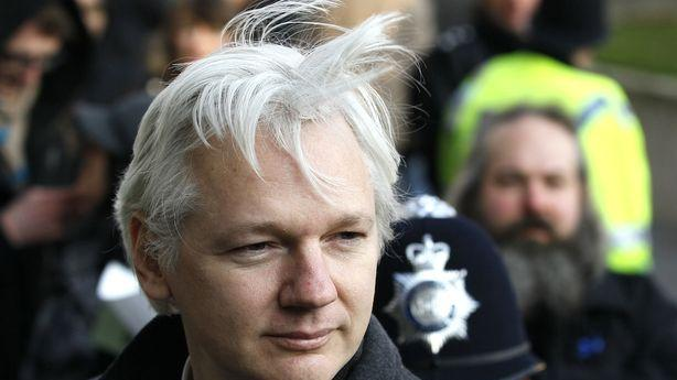 Is Julian Assange Pretending to Help Snowden for Publicity?