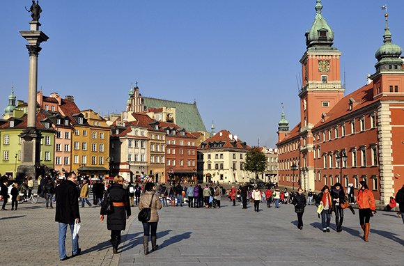 Castle Square, Warsaw. (Photo: y entonces / flickr)