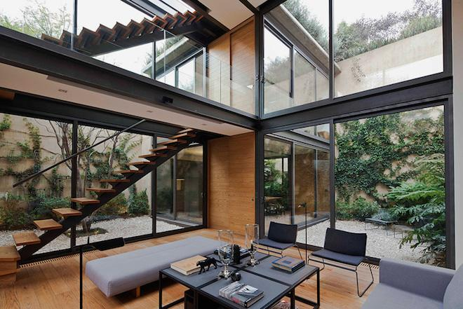 Globe Trotting : Splendid Mexican House Puts a Modern Twist on Courtyards