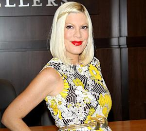 Tori Spelling Leaves Hospital After Emergency Surgery