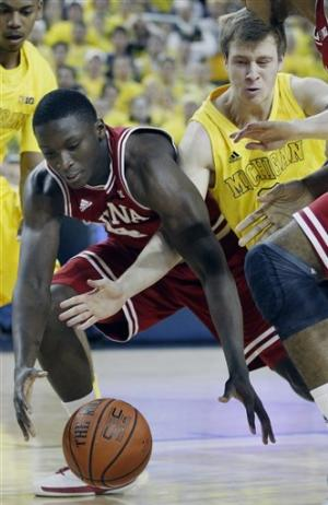 No. 2 Indiana beats No. 7 Michigan 72-71 for title