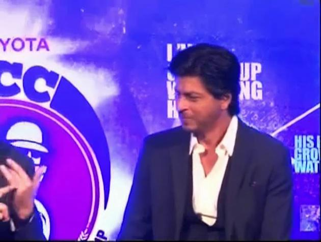 King Khan unveils Toyota University Cricket Championship