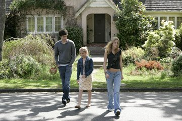 Adam Brody , Makenzie Vega and Kristen Stewart in Warner Bros. Pictures' In the Land of Women