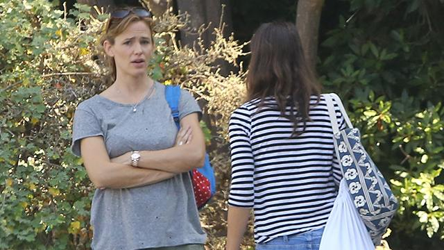 Jennifer Garner is Back in L.A. -- No Ring, New Nanny?