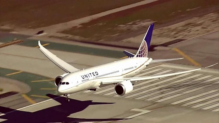 FAA grounds Boeing 787 Dreamliners pending safety check