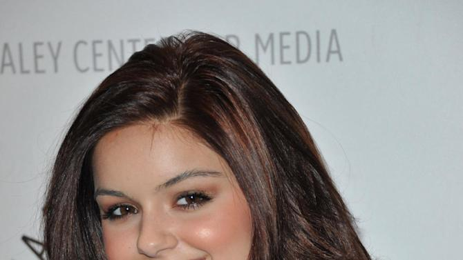 """FILE - In this Sept. 24, 2012 file photo, Ariel Winter attends the World Premiere of """"Batman: The Dark Knight Returns Part 1"""" at The Paley Center for Media, in Beverly Hills, Calif.  Winter's father, Glenn Workman, said Monday, Nov. 19, 2012, in a court filing in Los Angeles that he opposes a guardianship for his 14-year-old daughter. (Photo by Richard Shotwell/Invision/AP, File)"""