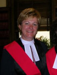Lori Douglas Photo http://ca.news.yahoo.com/manitoba-judge-next-inquiry-sex-scandel-144553952.html