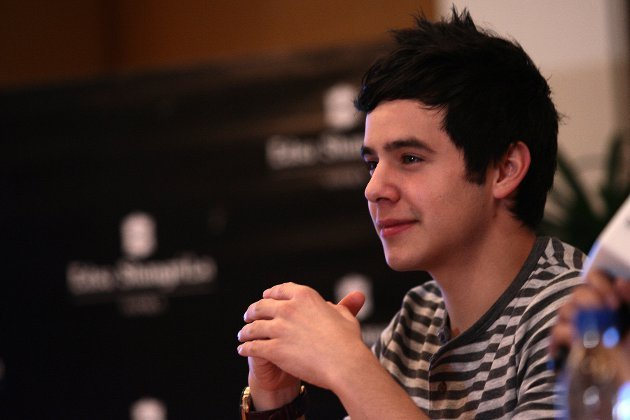 "David Archuleta in a TV5 press conference for ""Nandito Ako,"" which will be helmed by ex-GMA 7 Mac Alejandre. (Voltaire Domingo, NPPA Images)"