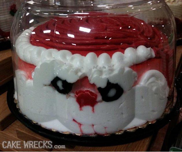 15 Scary Santa Cakes