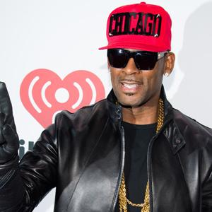 R. Kelly Defends New Sexually Graphic Album