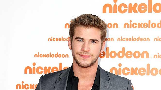 Liam Hemsworth Kids Choice Aw