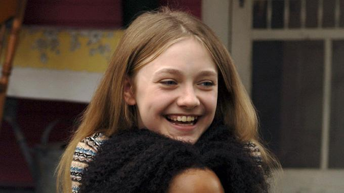 Jennifer Hudson Dakota Fanning The Secret Life of Bees Production Stills Fox Searchlight 2008