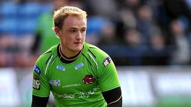 Stuart Howarth is on loan at St Helens from Salford