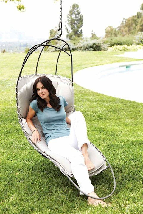 Courteney Cox in Emmy Mag …