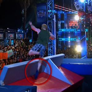 NFL Player Eats It on 'American Ninja Warrior'