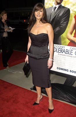 Catherine Zeta Jones at the LA premiere of Universal's Intolerable Cruelty