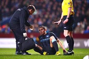 Rodwell targets Manchester City return by end of March after hamstring injury