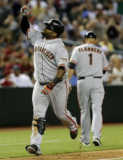 Sandoval's 2-run HR leads Giants past D'Backs 2-1