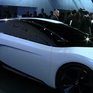 Hydrogen Cars Make Big Noise at L.A. Auto Show