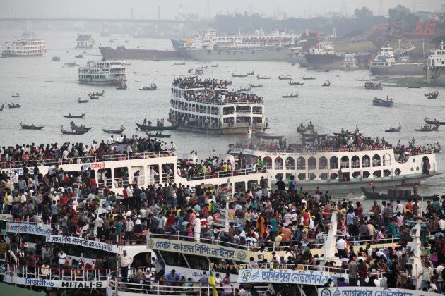 Overcrowded passenger boats …