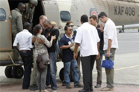 Rescued aid workers arrive in Kenyan capital
