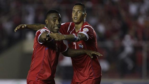 Panama's Luis Tejada (L) celebrates with teammate Blas Perez after he scored against Honduras during their 2014 World Cup qualifying game at the Rommel Fernandez stadium in Panama City (Reuters)