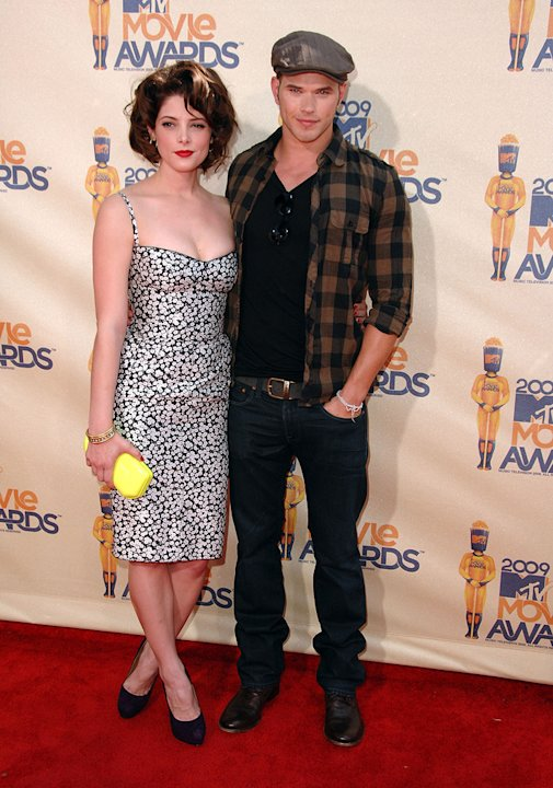 MTV Movie Awards 2009 Ashley Greene Kellan Lutz