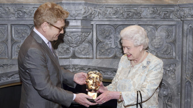 Queen Elizabeth II honored for supporting UK film