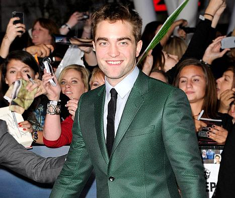 "Why Robert Pattinson Needed His ""Butt Cheek Massaged"" on Twilight Set"