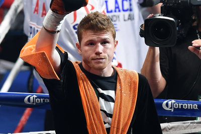Canelo Alvarez and Golden Boy to announce multi-fight deal with HBO