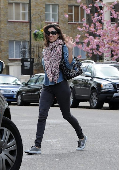 Kelly Brook seen going to a Beauty Parlour in London Uk