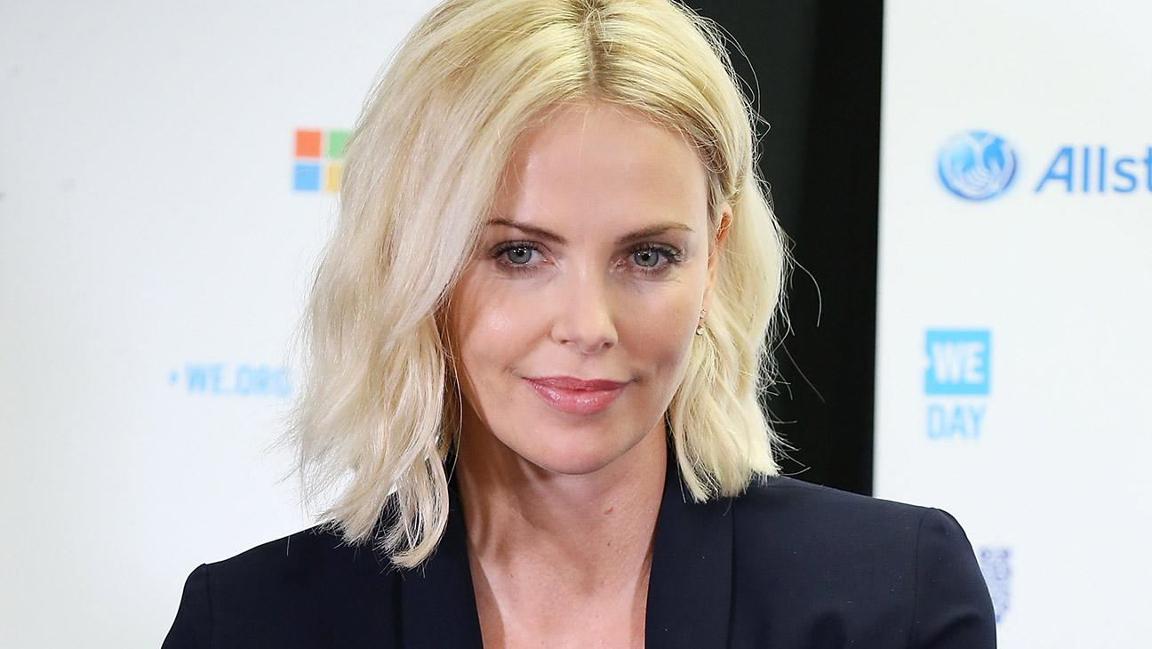 #SocialGathering: Charlize Theron's Son Sparks Debate on Social Media; Sarah Jessica Parker Is Done with EpiPen