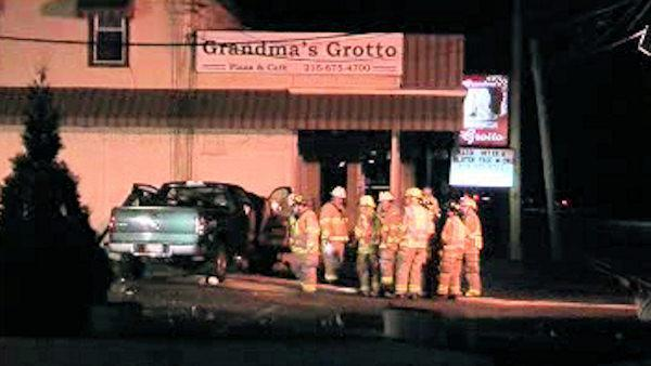 2 injured after pickup hits restaurant in Horsham