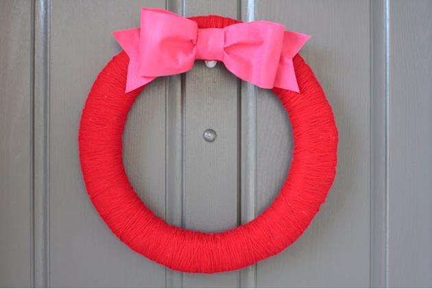 Simple Yarn Wreath