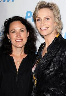 Lara Embry, Jane Lynch | Photo Credits: David Livingston/Getty Images