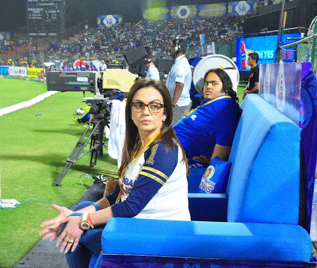Bollywood Celebrities during the match between Rajasthan Royals and Mumbai Indians at Swai Mansingh Stadium, Jaipur on April 17, 2013. (Photo: IANS)