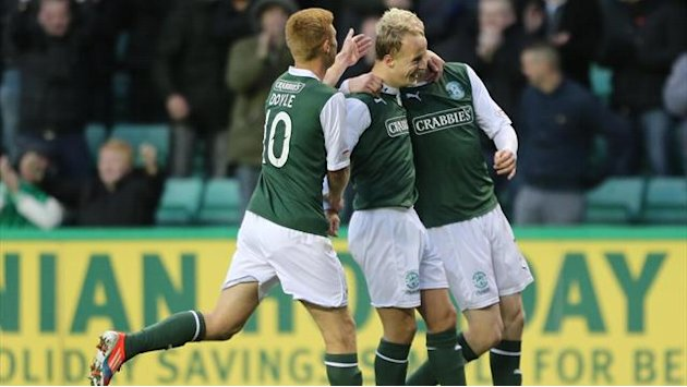 Scottish Football - Hibernian boss keen to keep loan trio