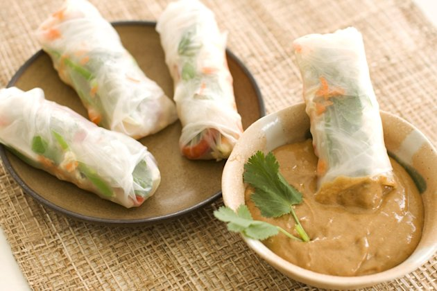 Summer rolls help squeeze veggies into the picnic - Yahoo! News
