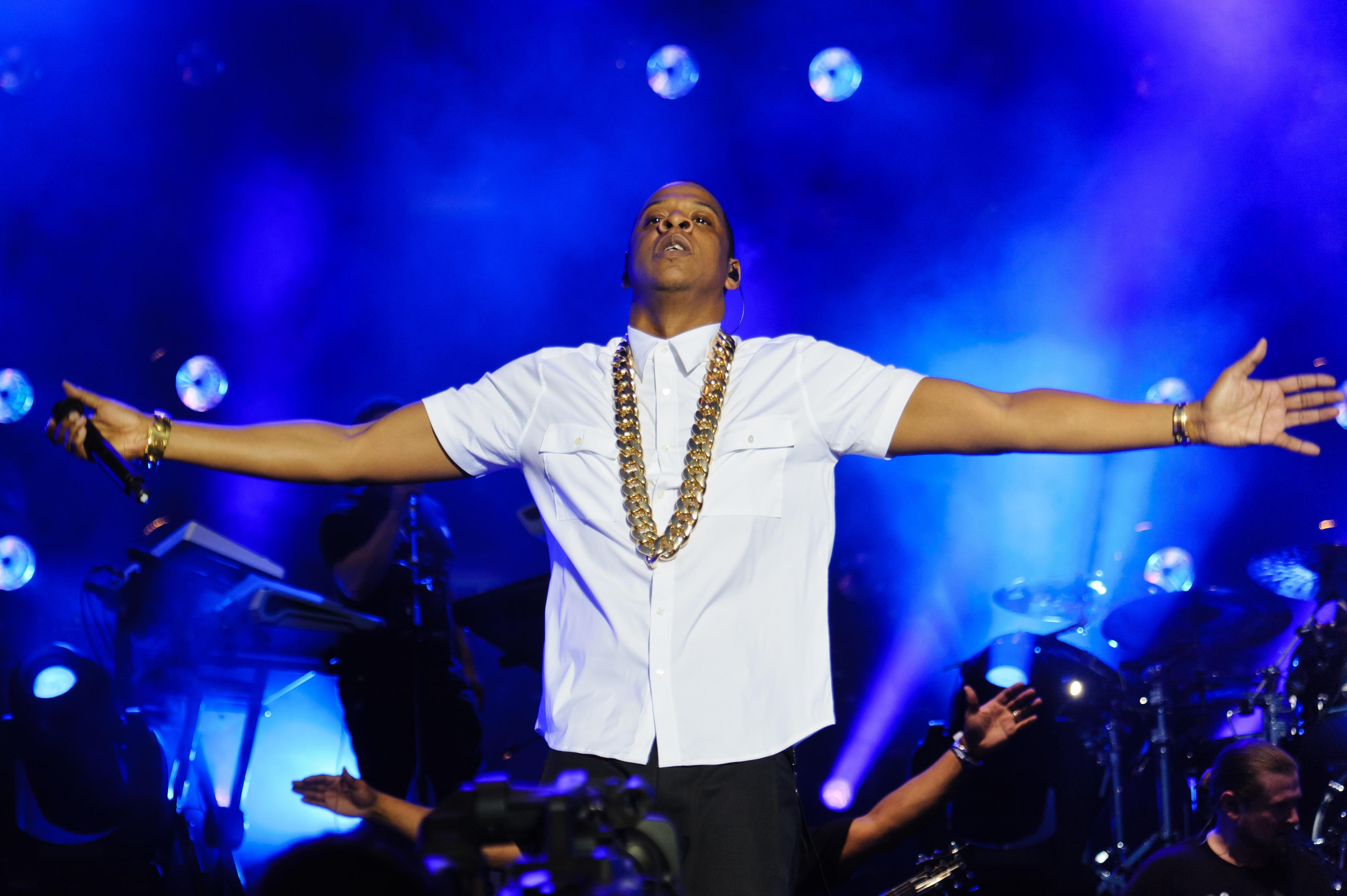 Jay Z has been calling Tidal subscribers personally while CEO bows out