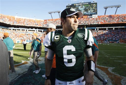Miami knocks Jets out of playoff race, 19-17