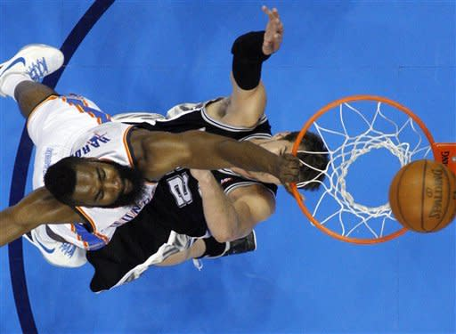 Sefolosha sparks Thunder to 102-82 win over Spurs
