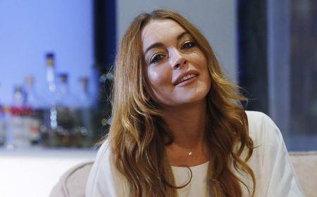 Actress Lindsay Lohan's community service questioned in court