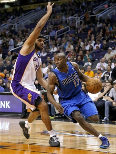 Without Nowitzki, Mavericks beat Suns 109-99