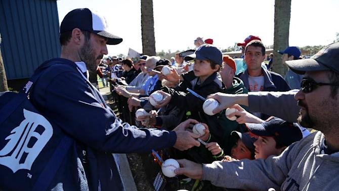 Verlander throws 41 pitches in bullpen session